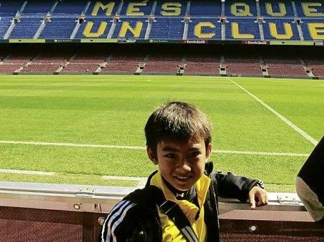 Sandro Reyes at Barcelona's Camp Nou