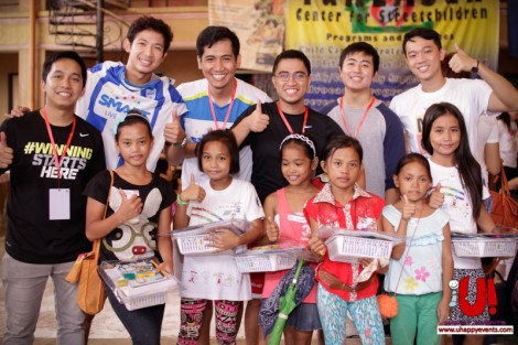 With the kids present at the Tuklasan Center for Chris Tiu's birthday celebration event that included fun games, football clinic, zumba session, and gift-giving. Thumbs up to U!Happy Events and  Charis Foundation for the very memorable and fun event.